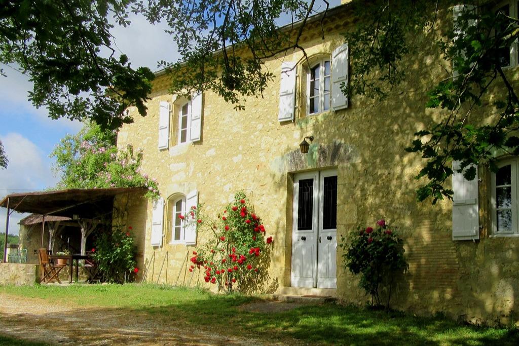 Logement*** Chez Grand père à La Ferme aux Chevaux/Bazian  - Location de vacances - Bazian