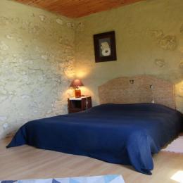 salle de bain avec live-linge - Location de vacances - Bazian