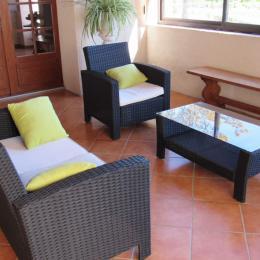 Gîte Mazagran - Véranda - salon - Location de vacances - Jegun
