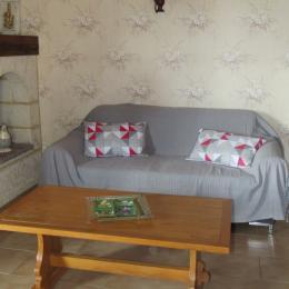 Gîte Mazagran - Salon d'intérieur - Location de vacances - Jegun