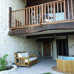 espace détente privatif avec spa - Location de vacances - Castéra-Lectourois
