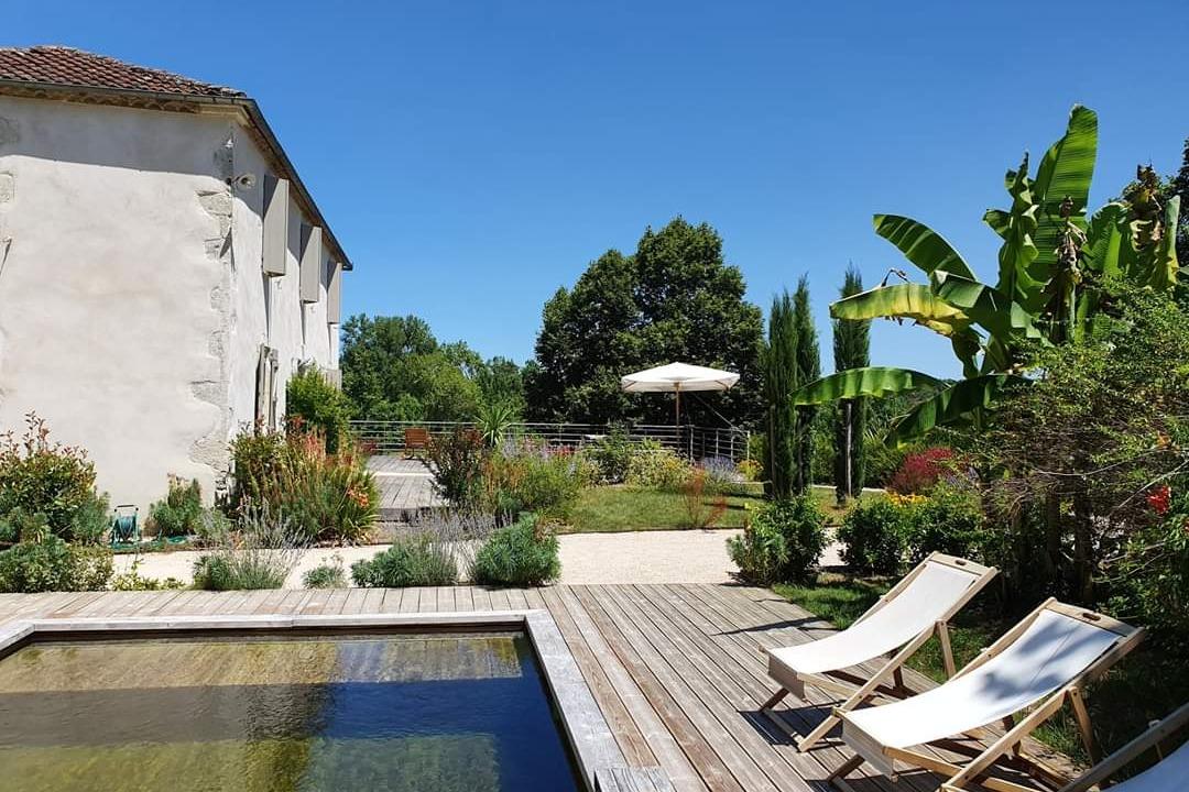 Lassenat éco-maison d'Hôtes en Gascogne, et sa piscine écologique - Location de vacances - Justian