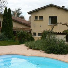 gîte les Ecureuils 12p Castelnau sur l'Auvignon piscine  - Chambre d'hôtes - Castelnau-sur-l'Auvignon