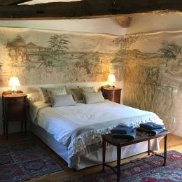La chambre sous le saule, spacieuse et confortable, offre le charme d'une véritable bâtisse gasconne. - Chambre d'hôtes - Montréal