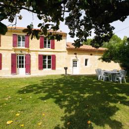 Exterieur le Magnolia - Location de vacances - Saint-Caprais-de-Bordeaux