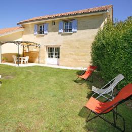Gîte 4 personnes Chez les Grands-Mères - Location de vacances - Saint-Caprais-de-Bordeaux