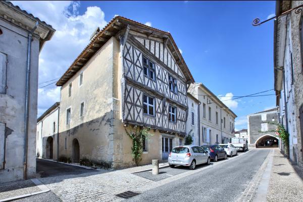 - Location de vacances - Sauveterre-de-Guyenne