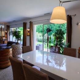 La salle à manger  - Chambre d'hôtes - Sadirac