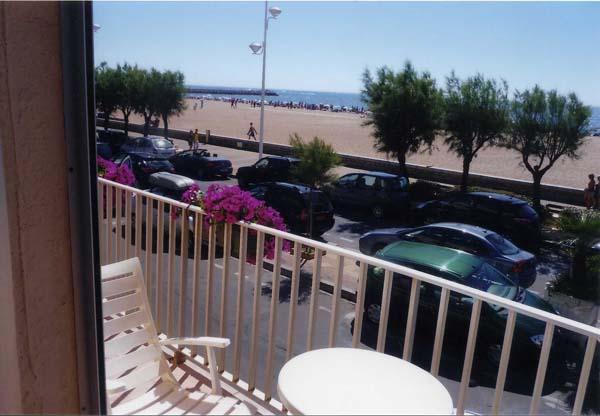 Balcon avec salon de jardin - Location de vacances - VALRAS-PLAGE