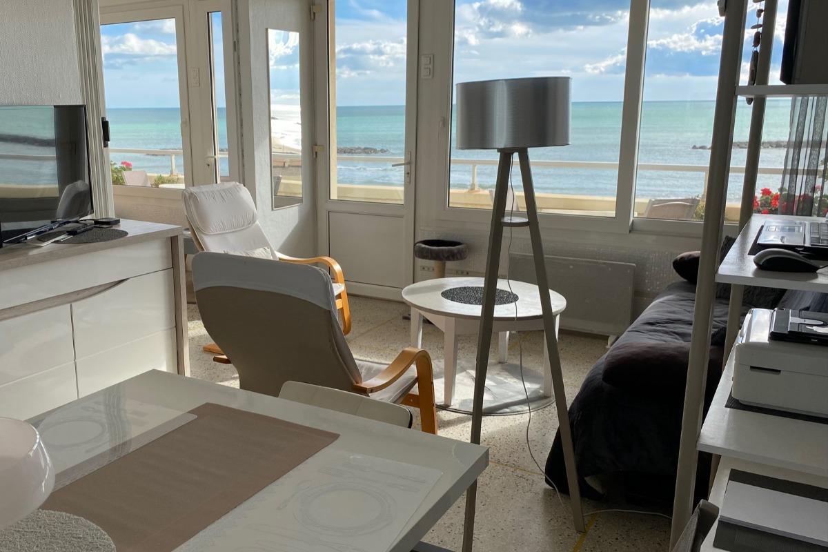 vue séjour - Location de vacances - Valras-Plage