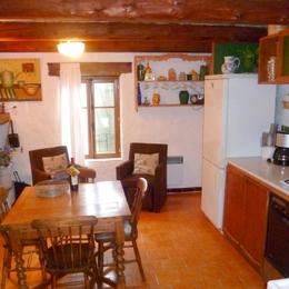 Séjour / cuisine - Location de vacances - Saint-Privat