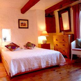 Chambre 1 au premier étage (lit140 ) - Location de vacances - Saint-Privat