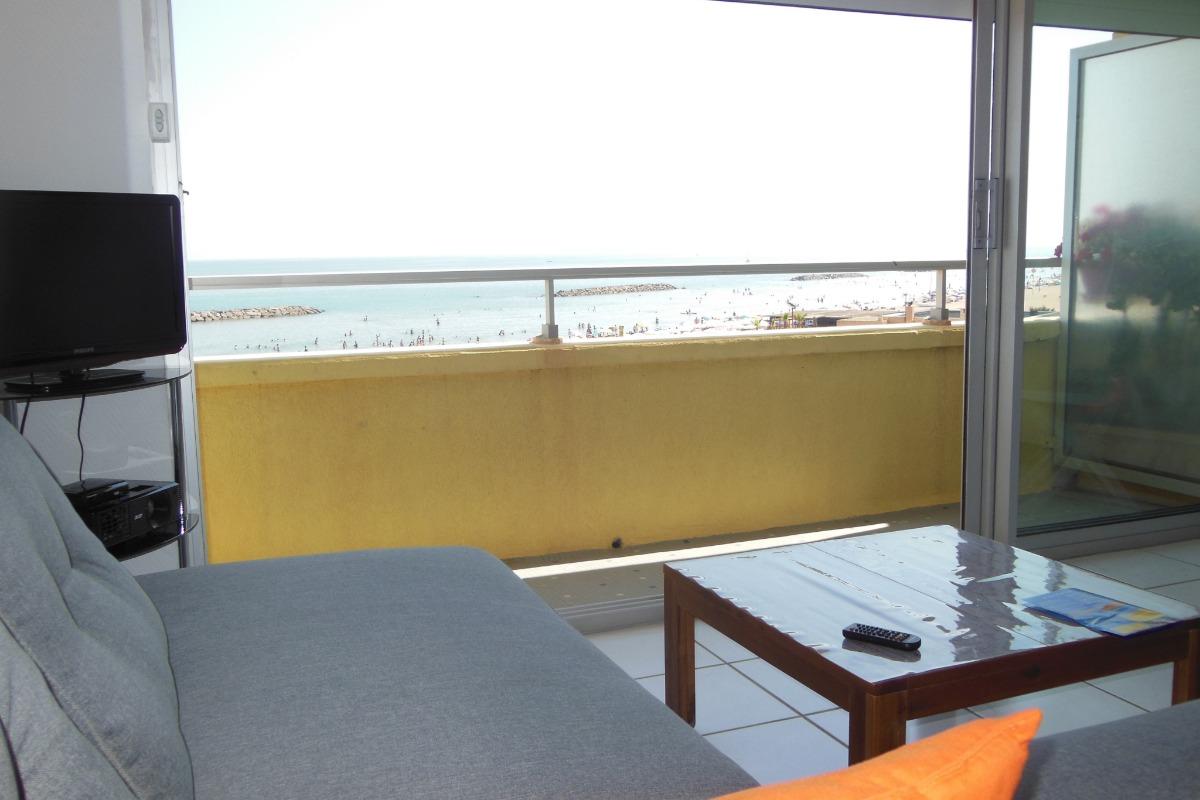 balcon ouvert sur séjour - Location de vacances - VALRAS-PLAGE
