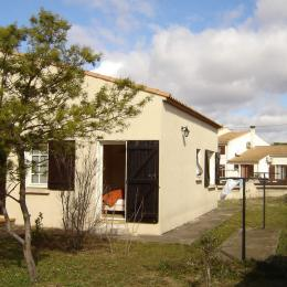 Patio intérieur avec terrasse et barbecue - Location de vacances - VIAS