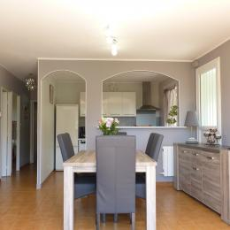 Séjour salle à manger - Location de vacances - Montagnac