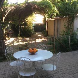 Côté jardin  - Location de vacances - Clermont-l'Hérault