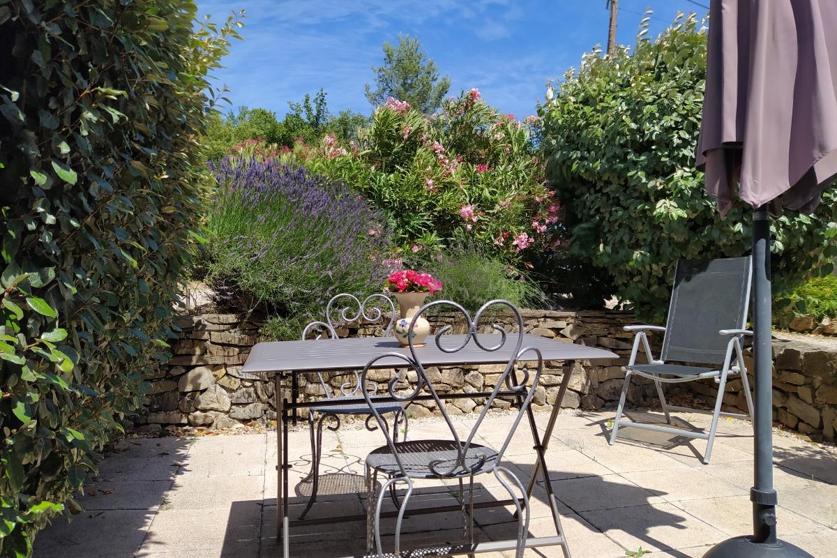 terrasse fleurie - Location de vacances - Lamalou-les-Bains