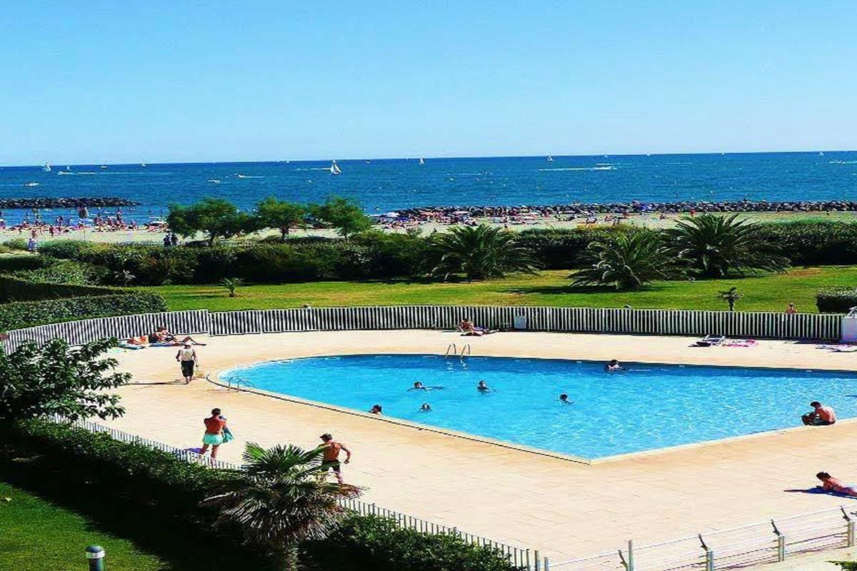 vue de l' appartement  piscine mer  - Location de vacances - Cap D'agde