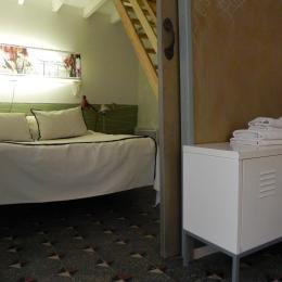 Le lit 160x200cm - Chambre d'hôtes - Bouzigues