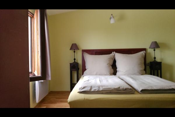 - Chambre d'hôtes - Neffiès