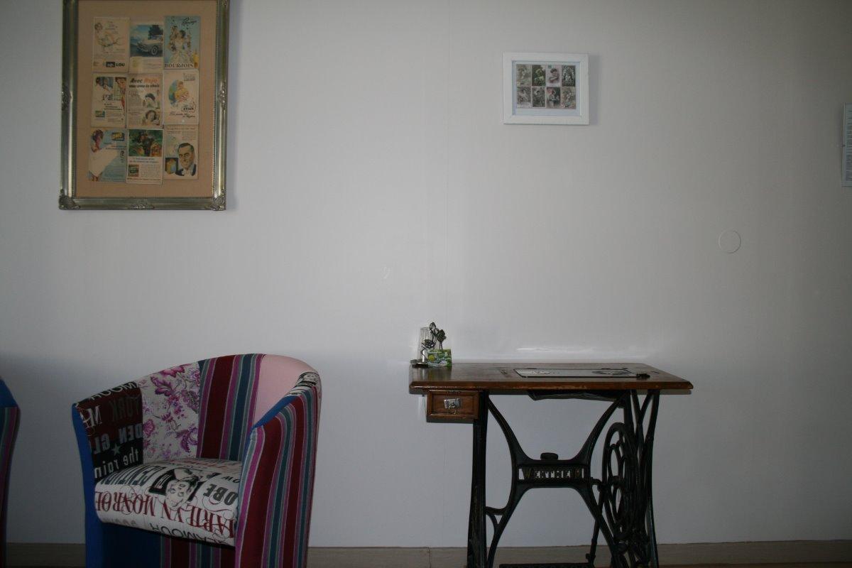 Table Travail Phanou - Chambre d'hôtes - Saturargues