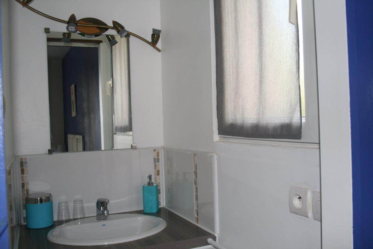 Salle d'eau Phanou - Chambre d'hôtes - Saturargues