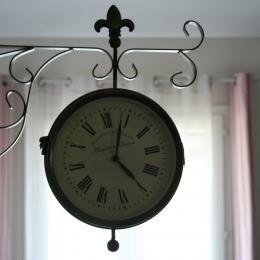 Horloge Salon - Chambre d'hôtes - Saturargues