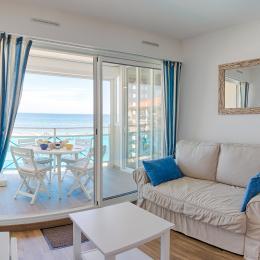 Salon et terrasse - Location de vacances - Frontignan Plage