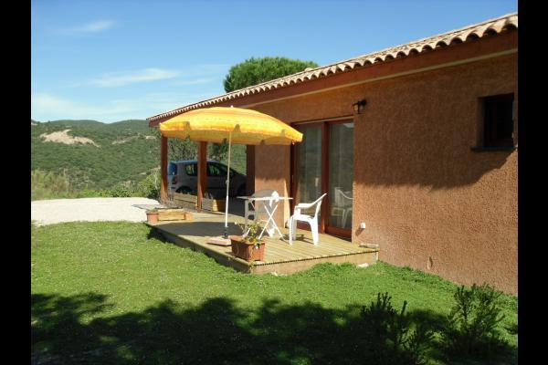 Terrasse studio l'été - Location de vacances - Lamalou-les-Bains