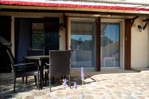 terrasse ombragée - Location de vacances - Le Bosc