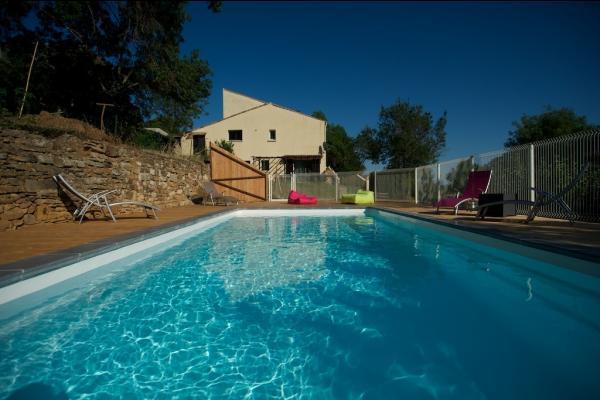 espace piscine - Location de vacances - Le Bosc