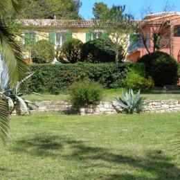 Vue du jardin - Location de vacances - Saint-Pons-de-Mauchiens