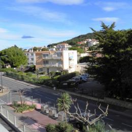 Séjour et cuisine ouverte - Location de vacances - Sète
