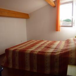 Chambre 1 lit double 160 - Location de vacances - Portiragnes-Plage
