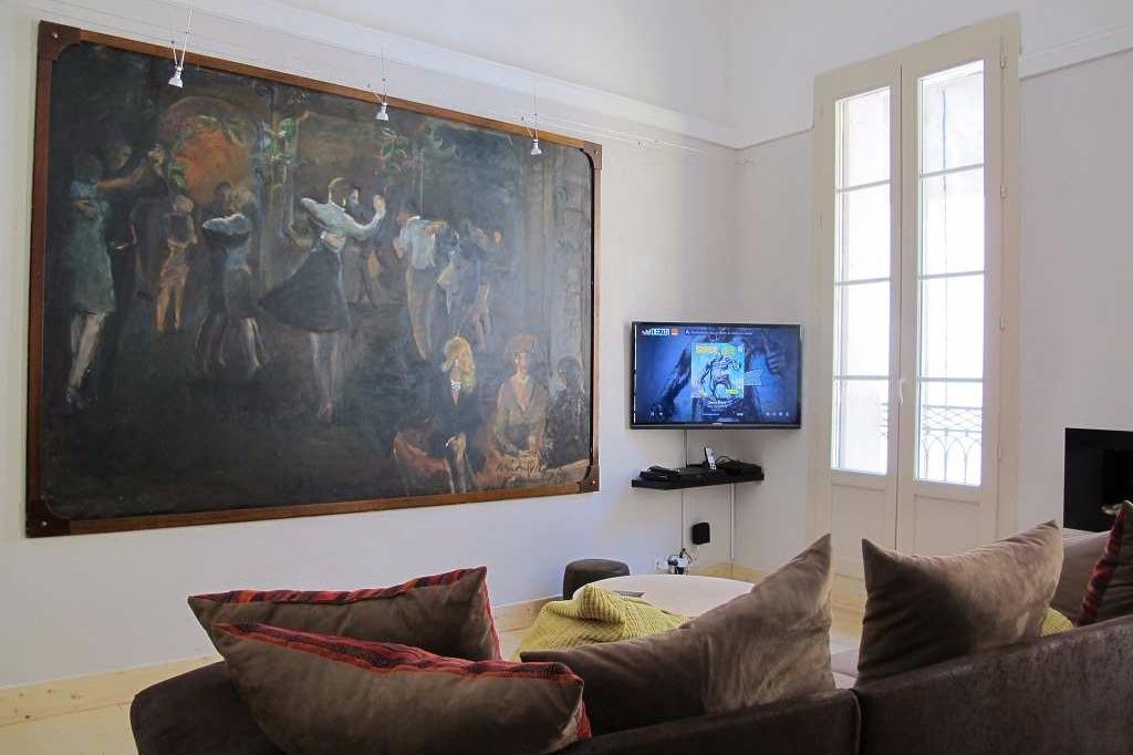 Salon TV - Location de vacances - Béziers