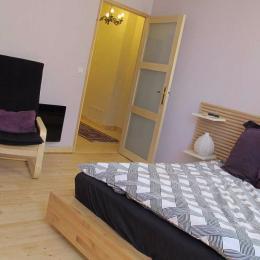 Chambre lit double - Location de vacances - Béziers