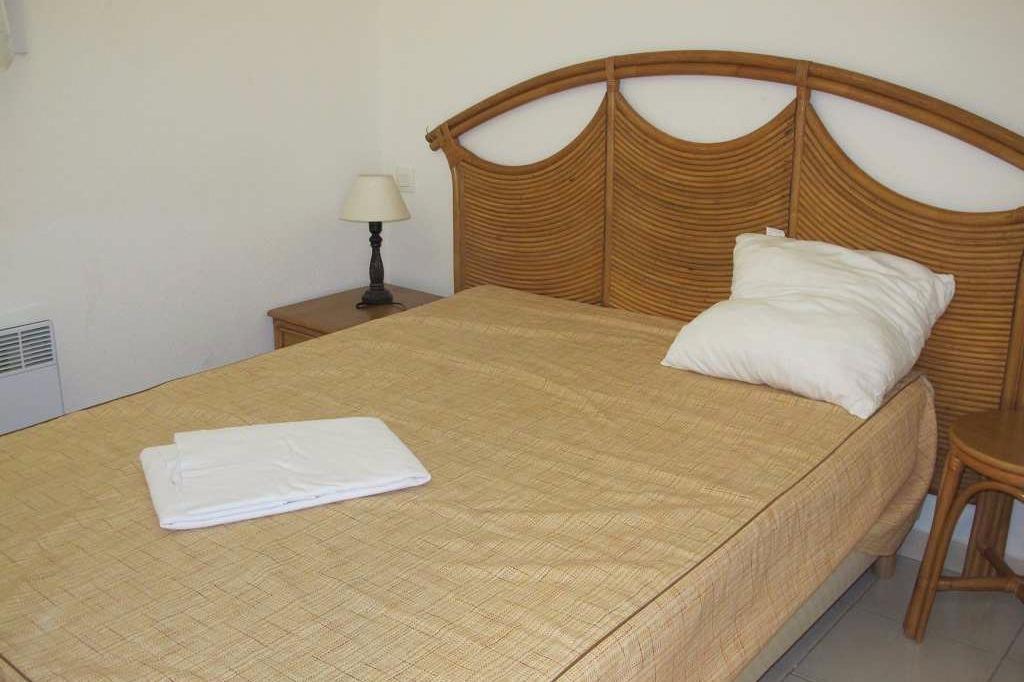Chambre lit double - Location de vacances - VALRAS-PLAGE