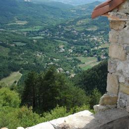 Vue terrasse de la chambre  - Location de vacances - Saint-Étienne-de-Gourgas