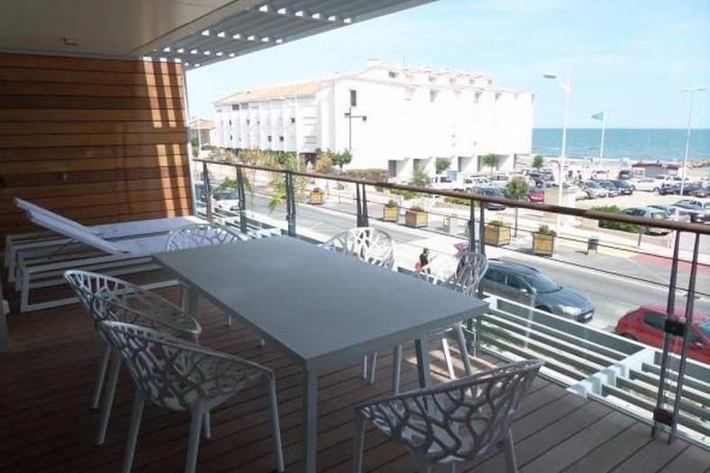 Grande terrasse vue mer - Location de vacances - CARNON PLAGE