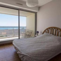 Chambre lit double avec terrasse et vue mer - Location de vacances - CARNON PLAGE