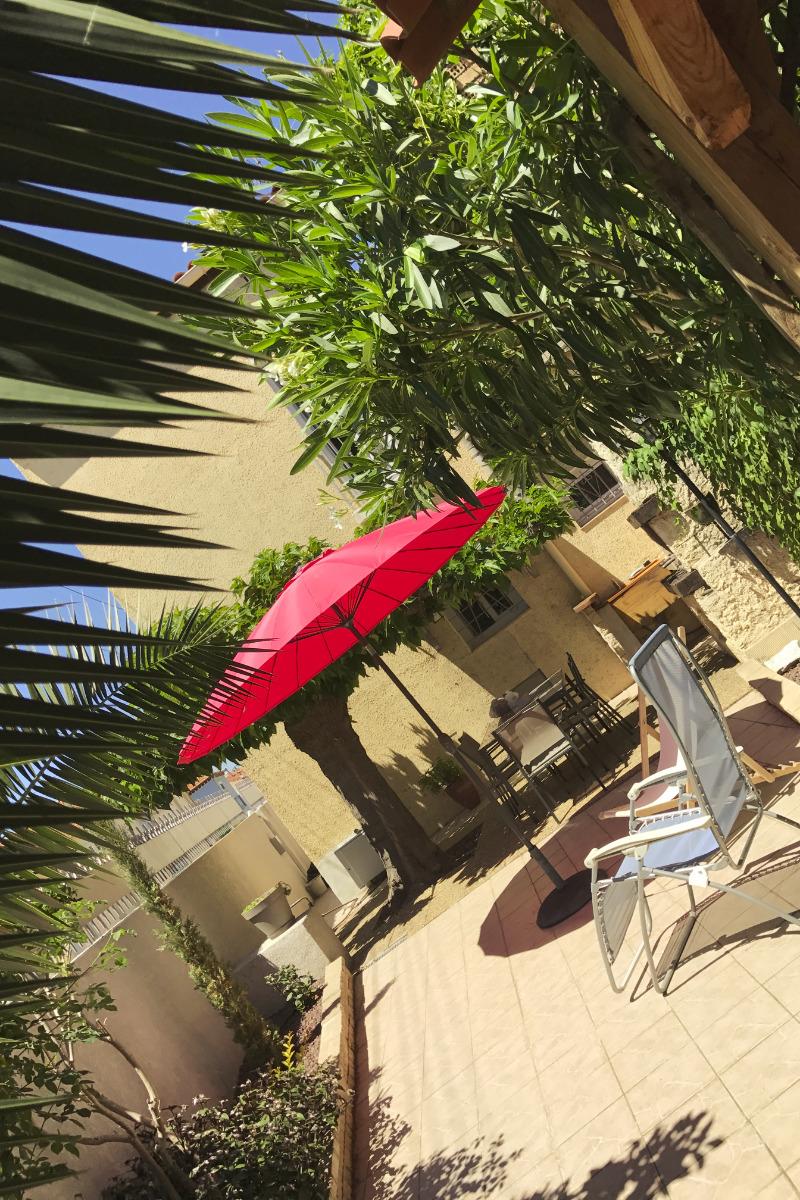 jardin ombragé avec barbecue - Location de vacances - Béziers