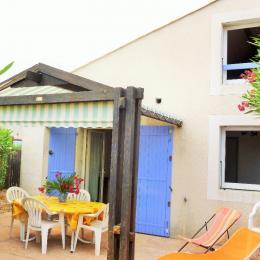 Terrasse, pergola avec salon de jardin - Location de vacances - Vic-la-Gardiole