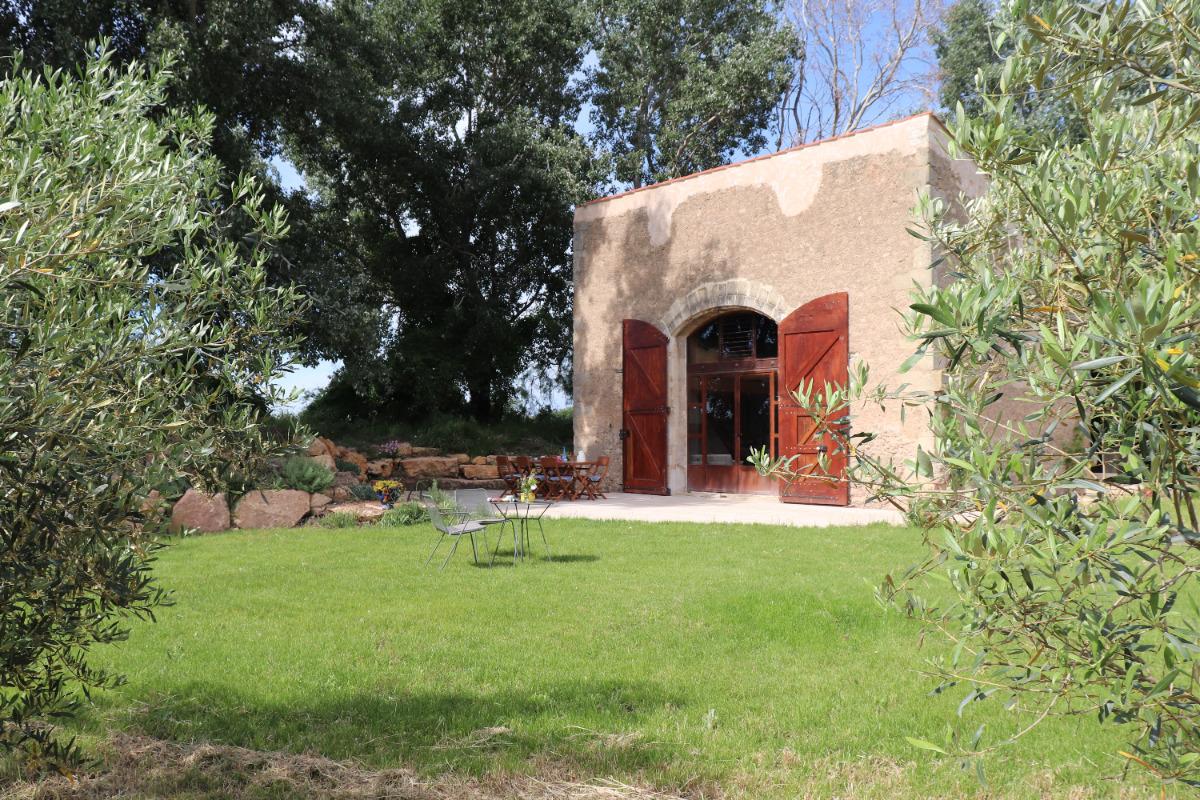 Gîte paisible entre vignes et oliviers - Location de vacances - Béziers