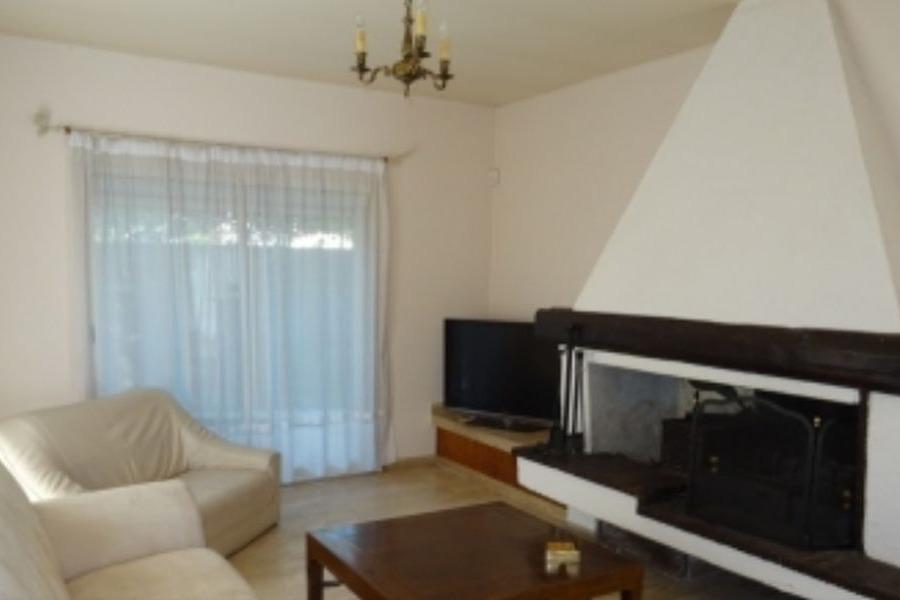Salon avec cheminée - Location de vacances - CAP-D'AGDE