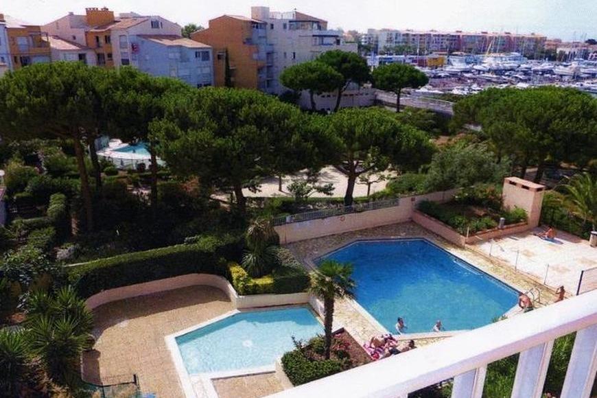 Résidence avec piscine - Location de vacances - CAP-D'AGDE