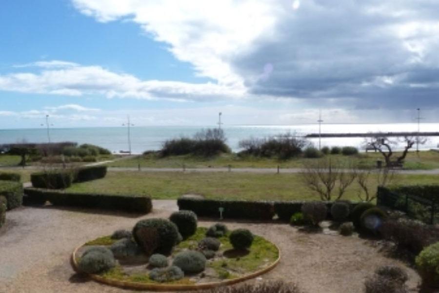 Accès direct à la plage - Location de vacances - CAP-D'AGDE