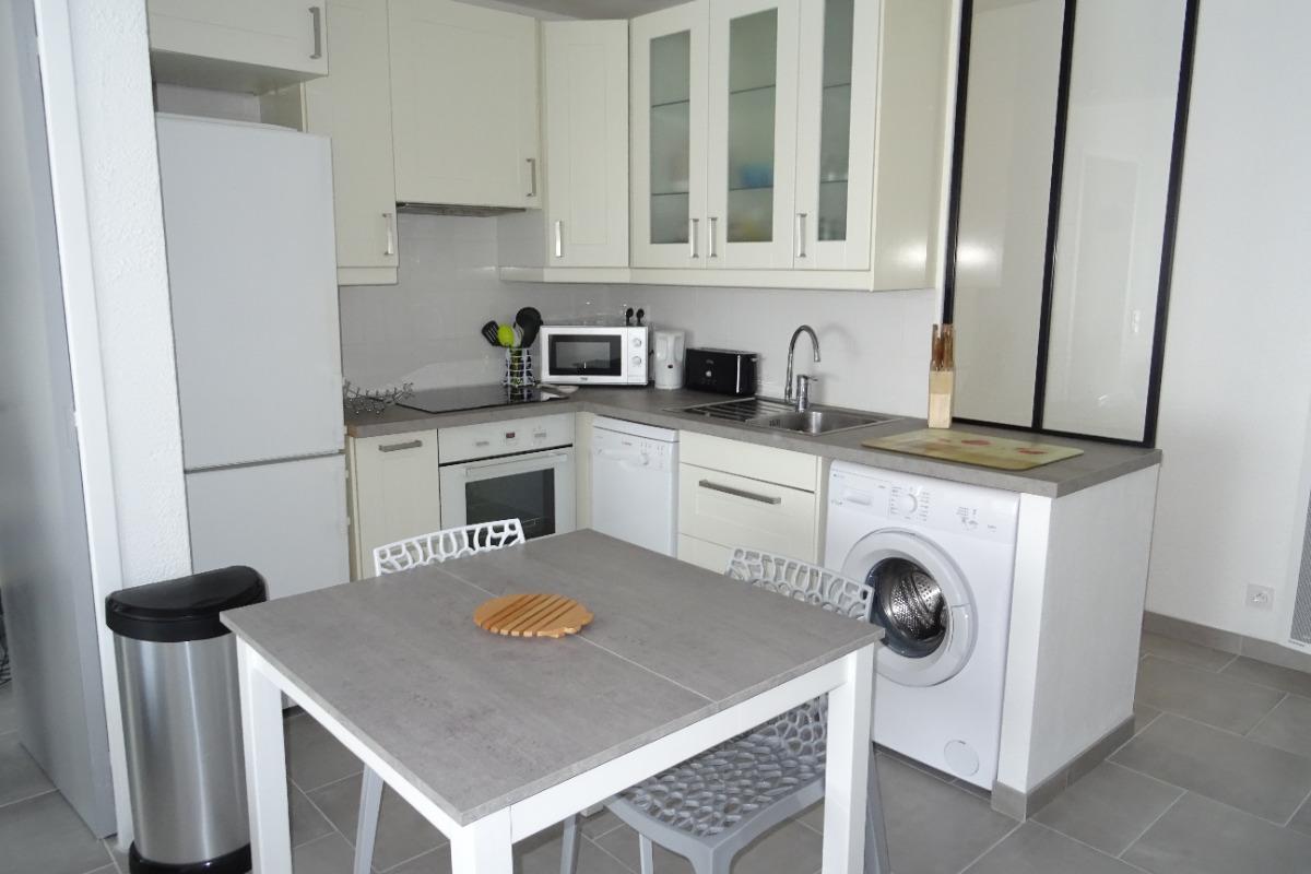 Coin cuisine - Location de vacances - CAP-D'AGDE