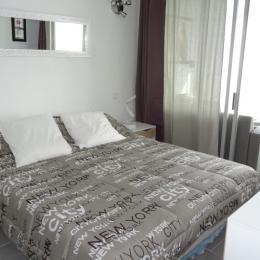Chambre lit pour 2 pers. en 160 - Location de vacances - CAP-D'AGDE