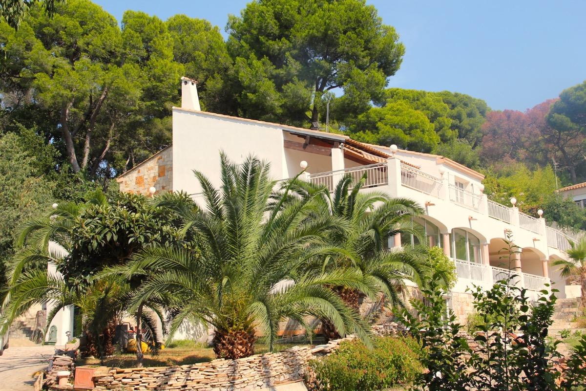 Notre villa dans laquelle se trouve la chambre - Chambre d'hôtes - Sète