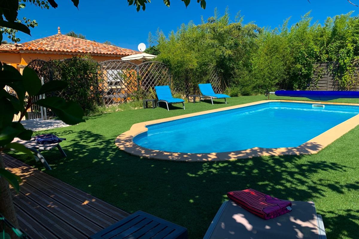 l'acacia villa 8 pers.vue du ciel - Location de vacances - Plaissan